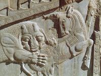 Терзание жертвы. Иранский звериный стиль. Персеполь